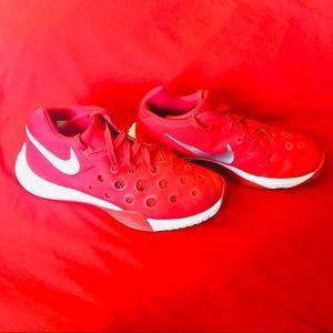 Men's Nike Zooms (8.5)